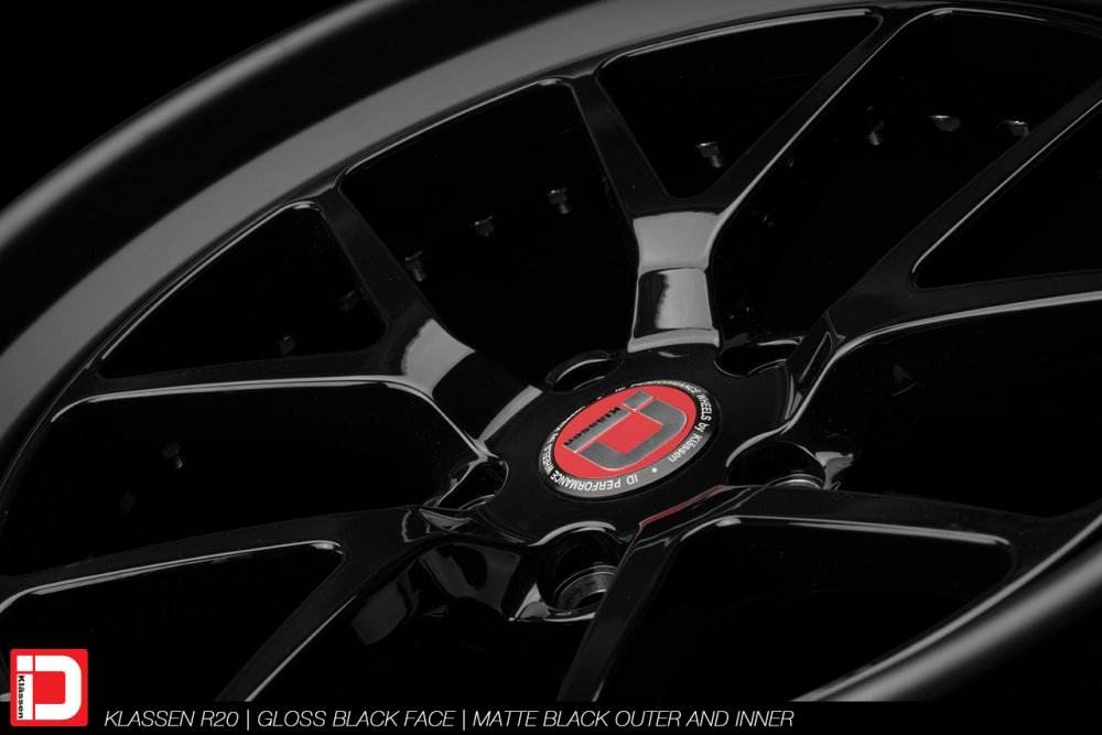 klassenid-wheels-r20-gloss-black-face-matte-black-lip-hardware-15