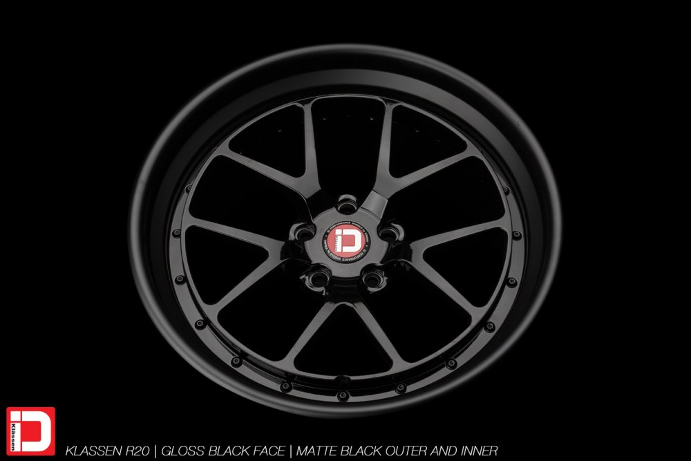 klassenid-wheels-r20-gloss-black-face-matte-black-lip-hardware-5