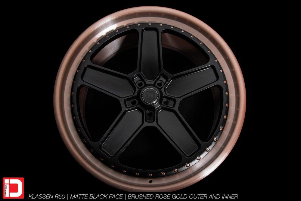 klassenid-wheels-r20-matte-black-face-with-brushed-rose-gold-lip-5