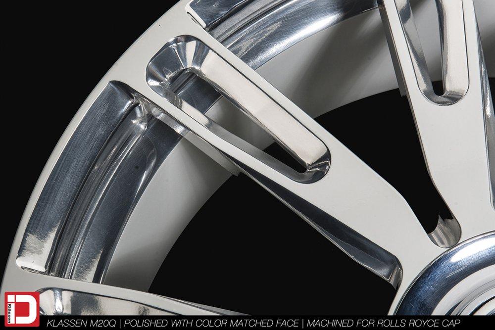 m20q-polished-white-face-klassen-id-06